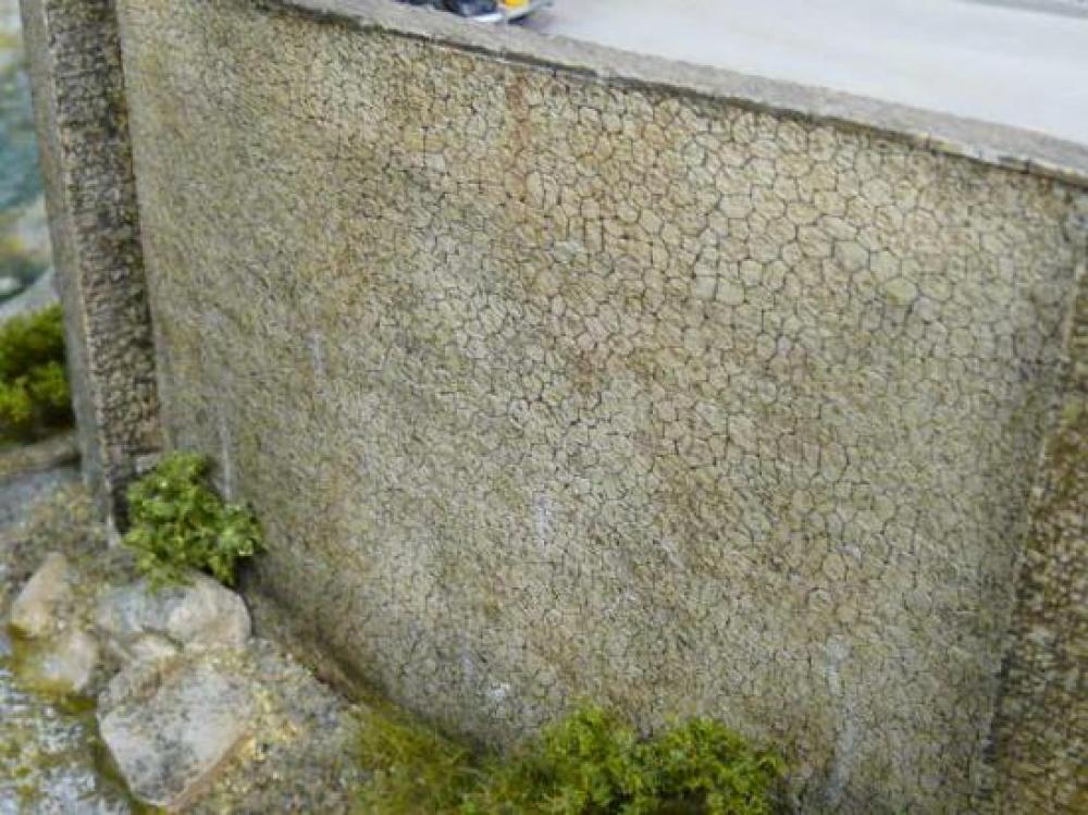 Mur en pierre hexagonales